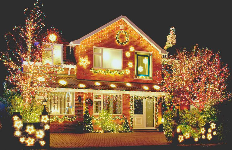 How Solar Christmas Lights Function
